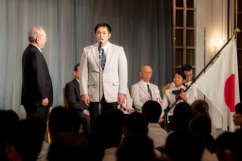結団式で決意表明を行う藤本怜央(撮影:越智貴雄)
