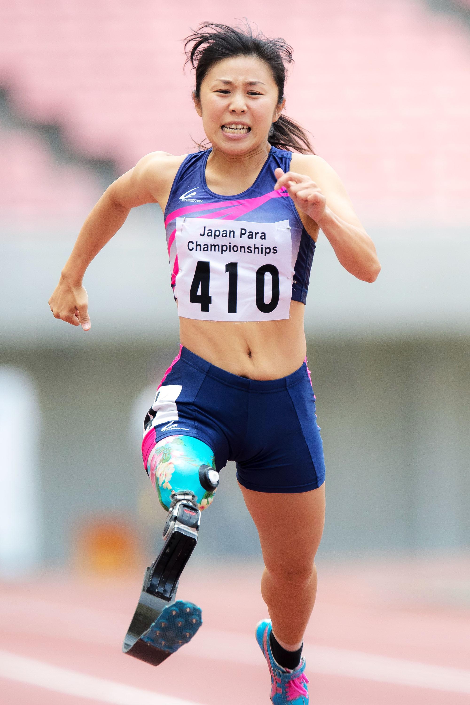 「IPC公認2016ジャパンパラ陸上競技大会」では16秒90のアジア新記録で優勝。日本人初となる17秒切りでリオデジャネイロパラリンピックの初代表入りを決めた(撮影:越智貴雄)