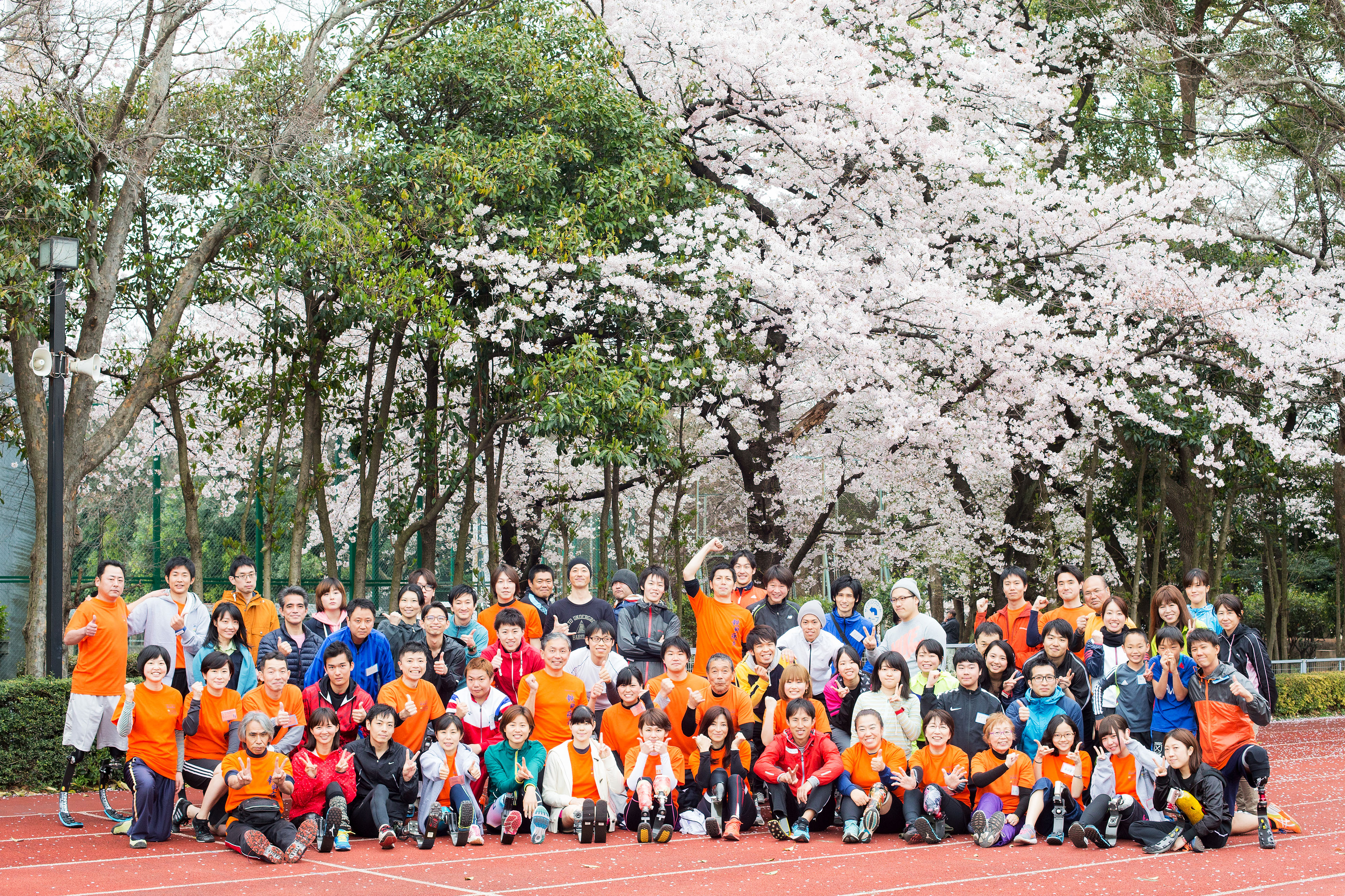 臼井さんが主宰するヘルスエンジェルスは月1回程度行われていて、60-70人が参加する(撮影:越智貴雄)