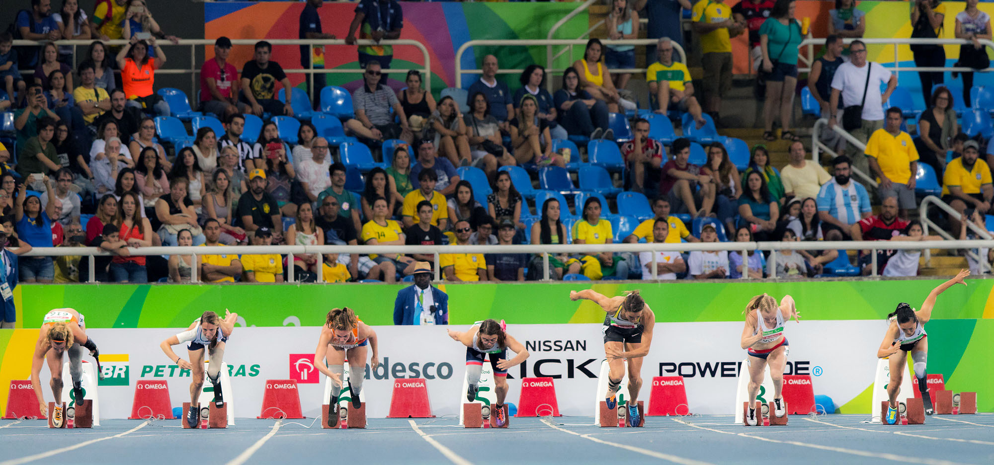 100m決勝のスタート直後(一番右が高桑早生)=リオパラリンピック(撮影:越智貴雄)