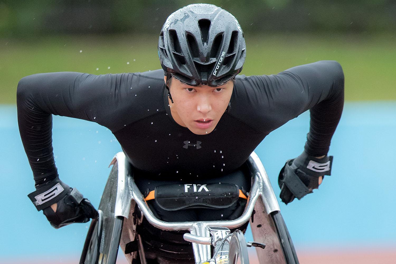 東京に向けて再スタートを切った鈴木。今年最終戦にあたる大分国際車椅子マラソン大会(30日)にむけてトレーニングを重ねる(撮影:越智貴雄)