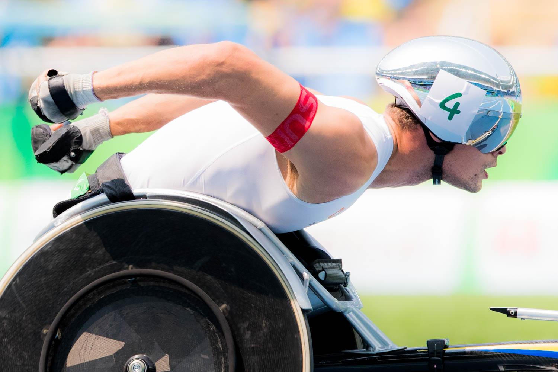 昨年のリオデジャネイロ・パラリンピックで金2(800m、マラソン)、銀2(1500m、5000m)と計4個のメダルを獲得したマルセル・フグ。パラ車椅子陸上界の絶対王者だ(撮影:越智貴雄)